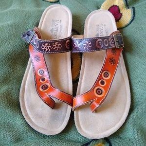 ff14aa87eec21e Vintage Shoes - vtg nwot L ARTISTE Leather Stamped Sandles